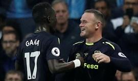Rooney: «A metade vermelha de Manchester gostou do meu golo»