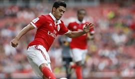 Jiménez na rota de Monaco e Everton