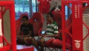 Uma foto que causou surpresa a quem passou pela megastore do Benfica