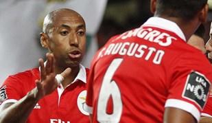 Luisão entra no pódio dos futebolistas com mais jogos de sempre pelo Benfica