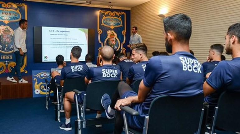 Sérgio Conceição com duas baixas devido a virose — FC Porto