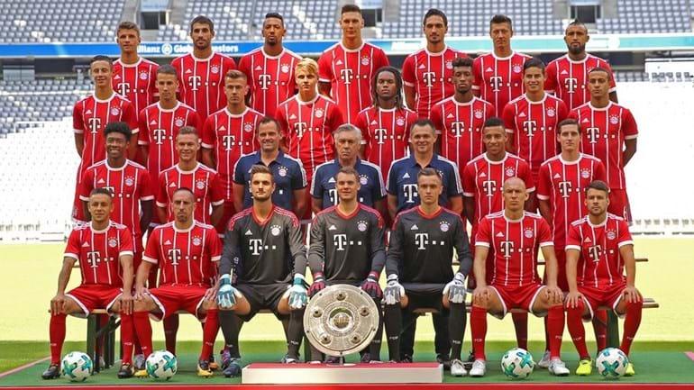 Assunto encerrado? Renato Sanches na foto de família do Bayern Munique