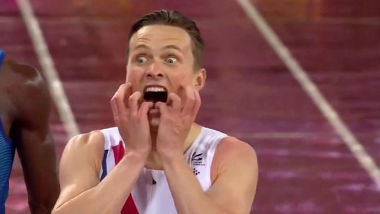 A sensacional reação de Karsten Warholm ao vencer título
