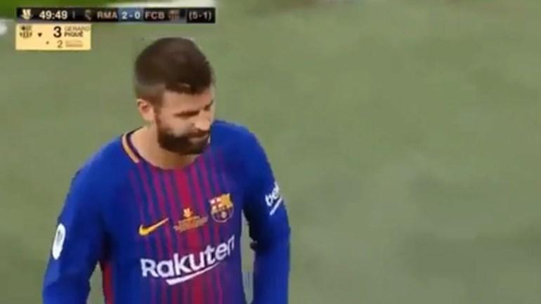 Bernabéu pica Piqué quando dá lugar a Nélson Semedo