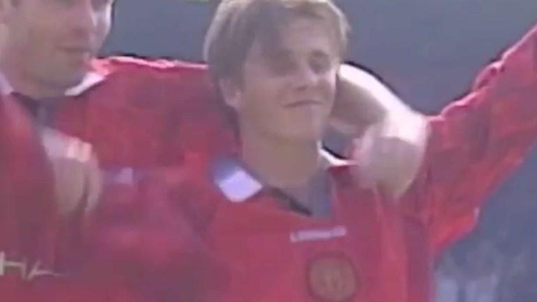 Manchester United recorda golaço de David Beckham