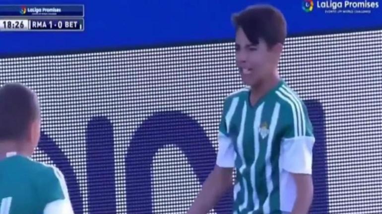 Conheça o craque de 13 anos anos que o Real Madrid 'roubou' ao Betis de Sevilha
