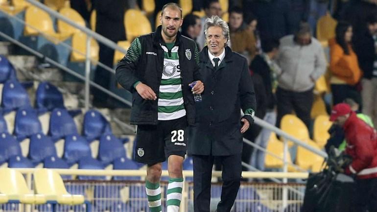 Chocolate verde e branco em Guimarães: Vitória 0-5 Sporting