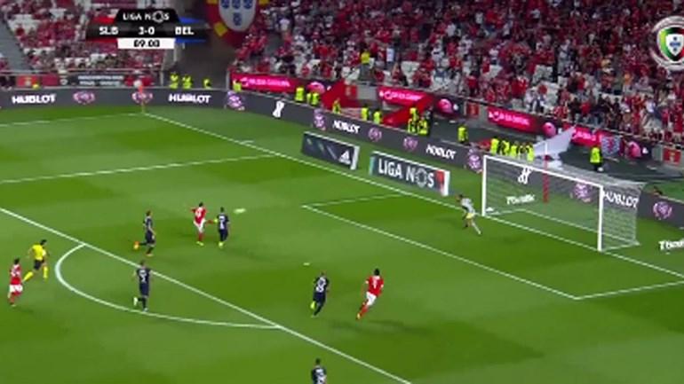 Jonas 'fuzilou' Muriel para o quarto do Benfica