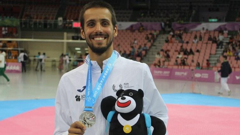 Rui Bragança conquista medalha de prata — Taekwondo