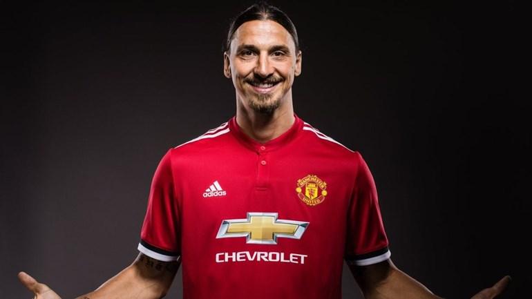 Ibrahimovic confirma retorno ao Manchester United; sueco usará a camisa 10