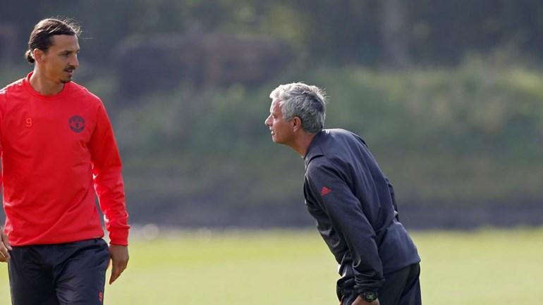 Ibrahimovic assina pelo Manchester United — Oficial