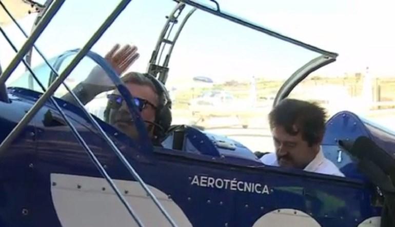 Enchemo-nos de coragem e andámos num avião da Red Bull Air Race