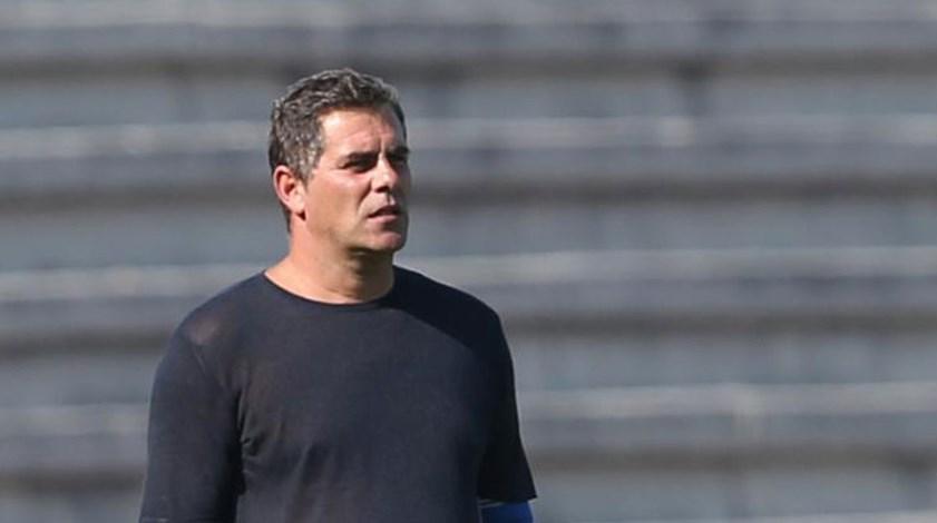 Bizarro: «Trocar Varela por Júlio? Não o faria mas percebo se Vitória mudar»