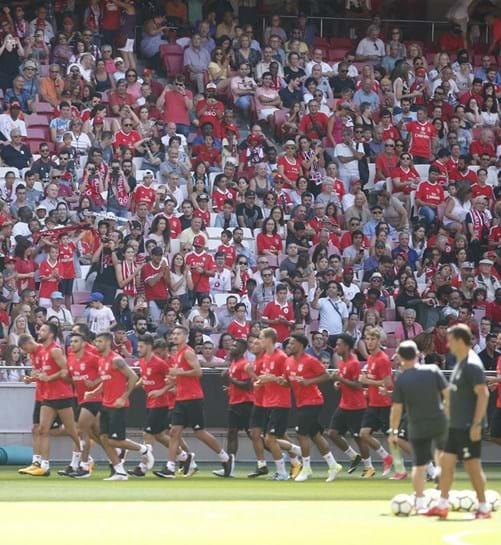 Bruno Varela titular no Benfica na Supertaça