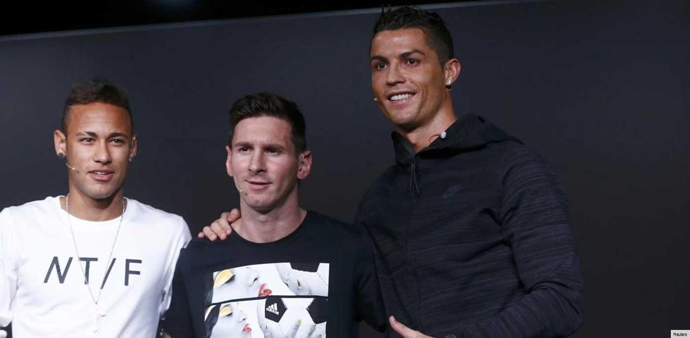 Cristiano Ronaldo disputa The Best com... Messi e Neymar