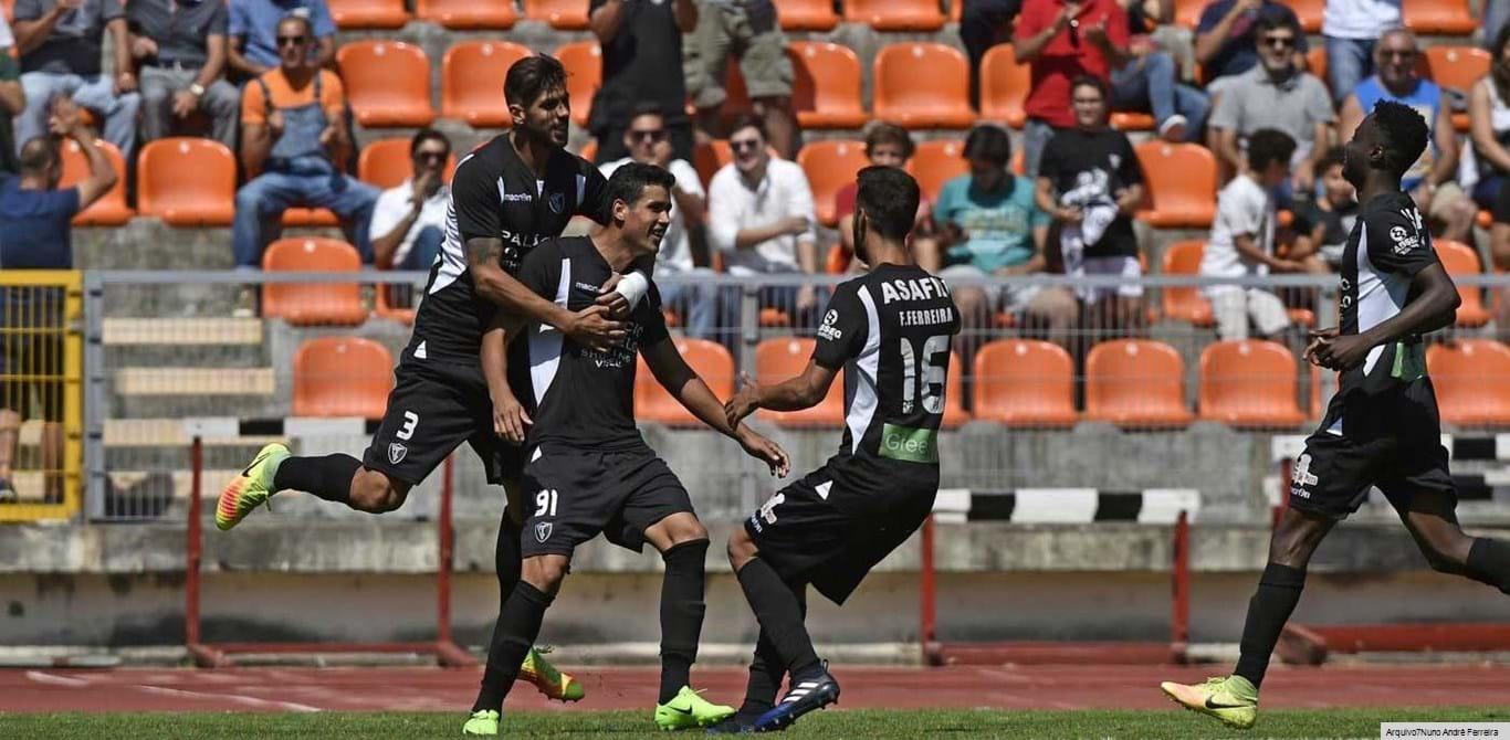 Ac. Viseu-FC Porto B, 4-1: Viseenses vencem dragões e sobem à liderança