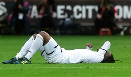 Swansea derrotado em casa na estreia de Renato Sanches