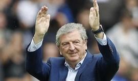 Despedimento de De Boer é escandaloso? Então confira os números do contrato de Hodgson...