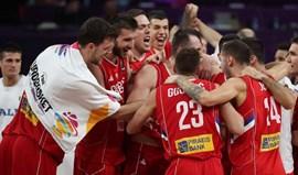 Sérvia supera Itália e marca encontro com Rússia nas 'meias'
