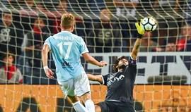 Lazio vence em Génova e sobe ao 4.º lugar