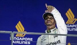Lewis indicou ótica a fã de Vettel