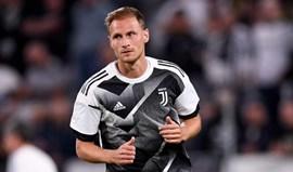 Höwedes desfalca Juventus por quatro semanas