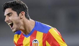 Gonçalo Guedes colhe os frutos do trabalho no Valencia: «É um jogador de outro nível»