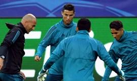 Ronaldo contra o muro