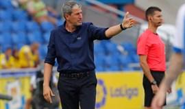 Las Palmas fica sem treinador