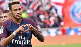 PSG goleia Bordéus e afasta-se do Monaco