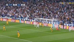 Bastaram 12 minutos para Ronaldo fazer... isto