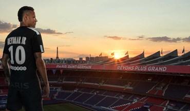 Neymar mostra o novo terceiro equipamento do Paris SG