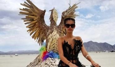Sara Sampaio foi para o deserto de dragão