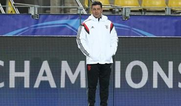 É com estes jogadores que o Benfica vai atacar a Champions