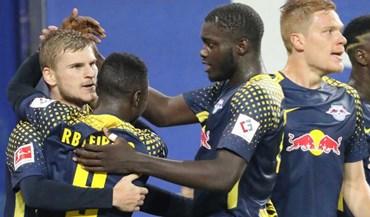 RB Leipzig derrota Hamburgo com Bruma em campo