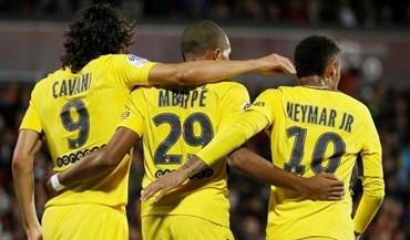 Mbappé estreia-se no Paris SG com golo e assistência (e goleada)