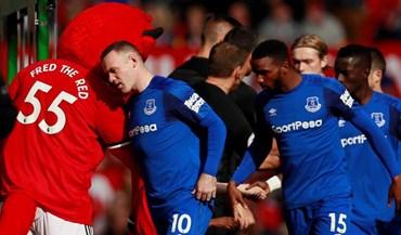 Mourinho tinha razão: Rooney teve a receção que merecia