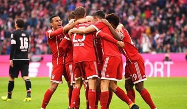 Bayern impõe-se sem problemas na visita ao Schalke