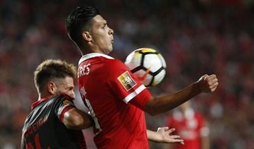 Benfica frente ao Sp. Braga: Raúl Jiménez foi um cavalo à solta