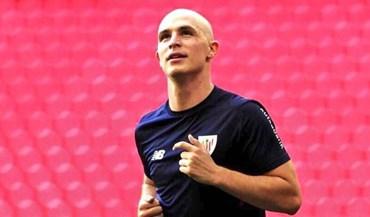 Yeray Álvarez volta aos treinos após recuperar de tumor nos testículos