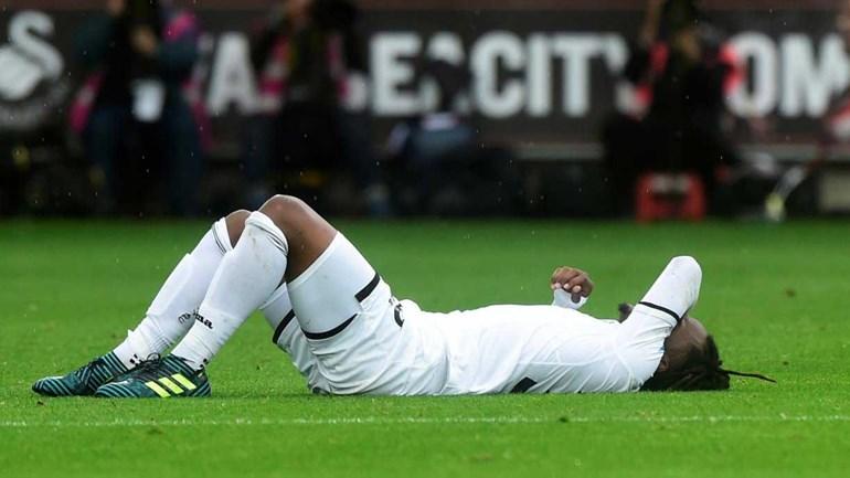 Swansea perde em casa na estreia de Renato Sanches