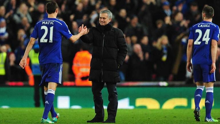 Van Gaal recorda troca por Mourinho: