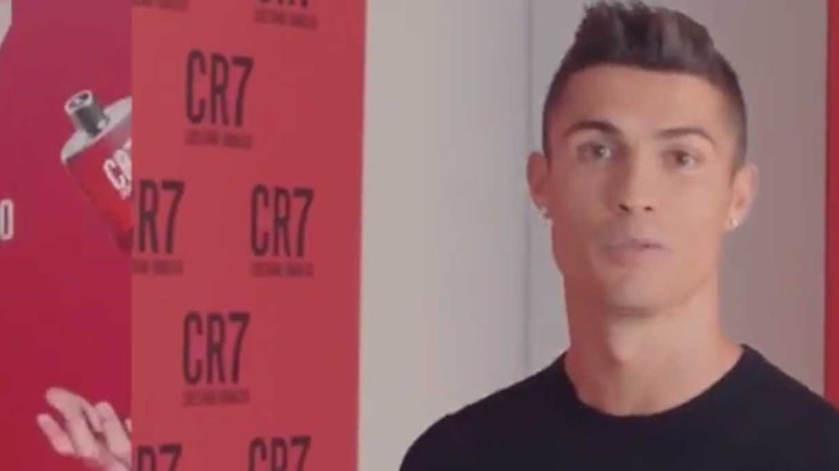 Cristiano Ronaldo lança o desafio a quem quiser mostrar os seus melhores truques