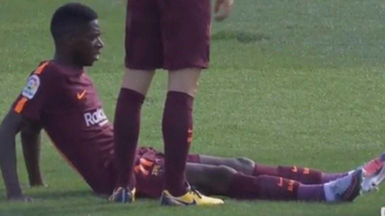 Dembélé saiu lesionado antes da meia hora de jogo