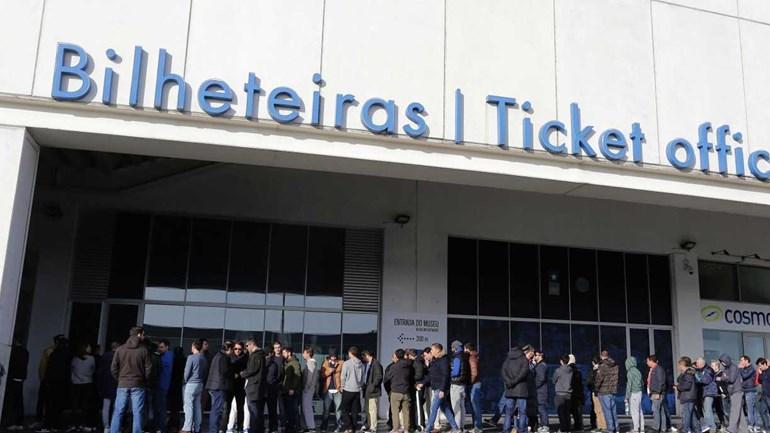 Bilhetes para Alvalade à venda na segunda-feira