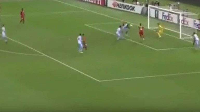 Ex-leão Caicedo estreia-se a marcar pela Lazio