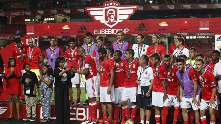 Benfica cancela Eusébio Cup, Rangers mostra descontentamento
