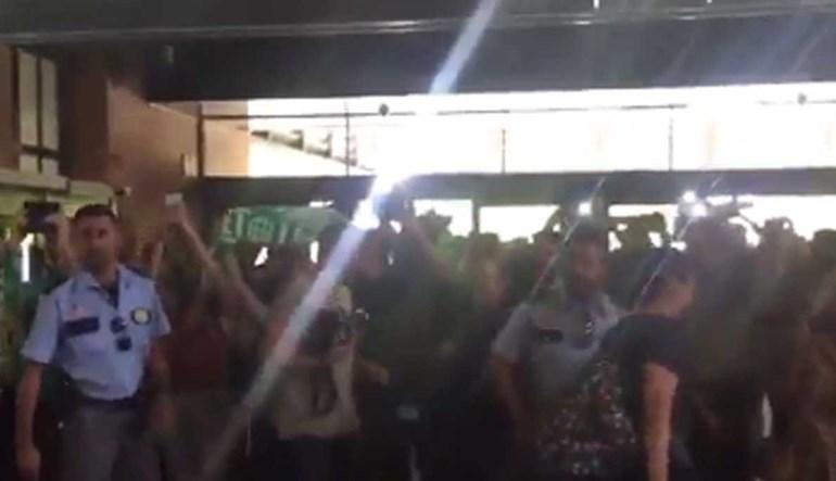 Betis teve rececão digna de campeão após a vitória sobre o Real Madrid