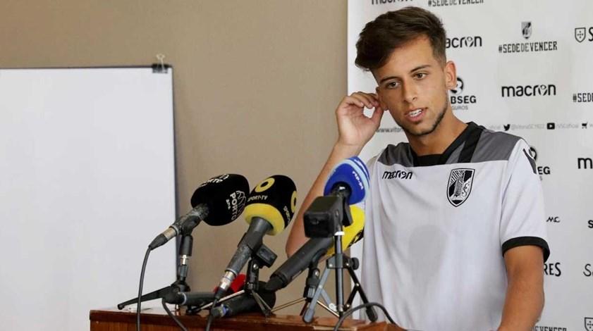 Francisco Ramos estreia-se nos convocados para dérbi com Sp. Braga