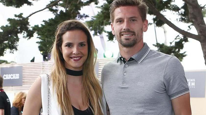 Adrien regressou a Portugal enquanto Leicester avança com recurso
